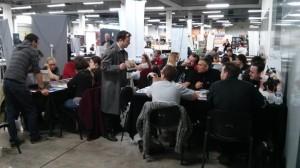 Une partie de l'équipe MJ lors de la convention Octogone en train de présenter Venzia, à quelques heures de la fin du financement.
