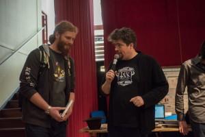 A gauche, le vainqueur du concours de scénarios.